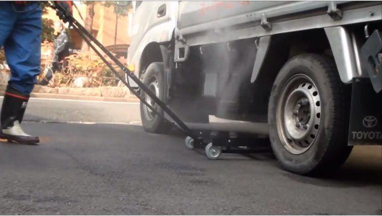 車両下部の洗浄