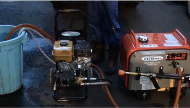 汚れた車を洗車するには高圧力タイプ?多水量タイプ?
